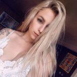 Belle blonde jeune et coquine cherche mec cool a Auxerre